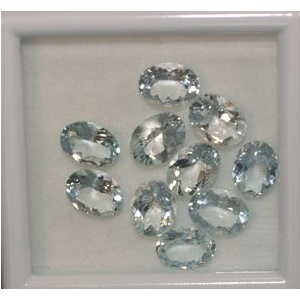 Aquamarine Oval facettiert 8.00 x 4.00mm