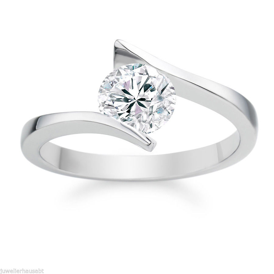 DIAMOND ENGAGEMENT RING - 0.50 CT E/SI2 ROUND - 14K GOLD