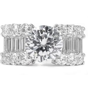 4.04 Carat white Diamond ring 18K white gold E/VS