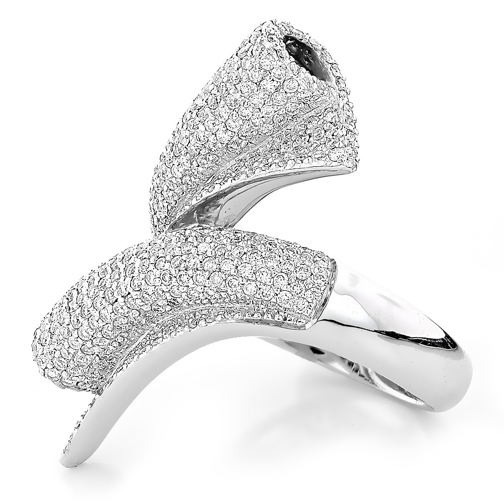 3.25 Carat white Diamond ring 18K white gold