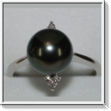 18K white gold Tahitian pearl Diamond ring