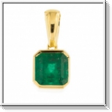 0.35 carat Colombia Emerald Pendant 18K yellow gold