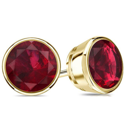 2.00 Ct. Ruby Earstuds - 14K yellow gold