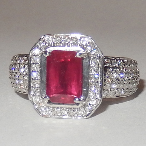 2.65 Carats Ruby VS Diamond Ring in 18k White Gold